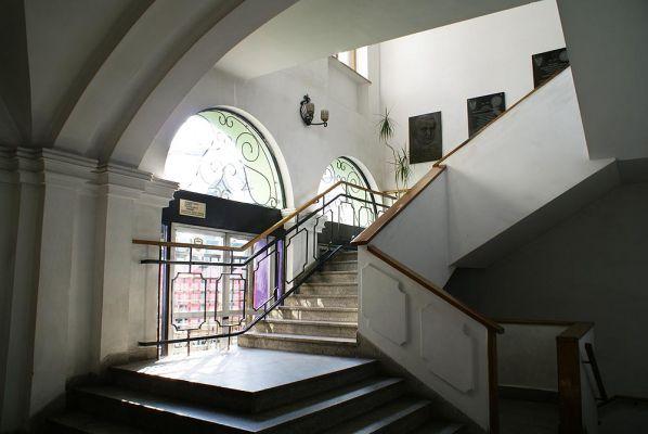 Dom Lekarza przy K.Wielkiego 45 klatka schodowa fot BMaliszewska