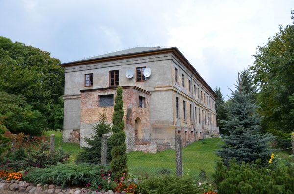 Pałac w Budziszewku 01