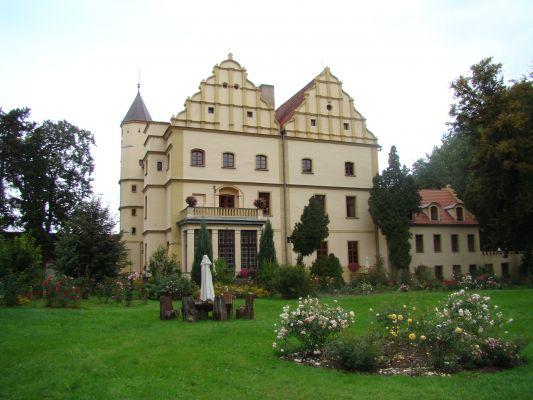Pałac w Czernej,widok od strony parku