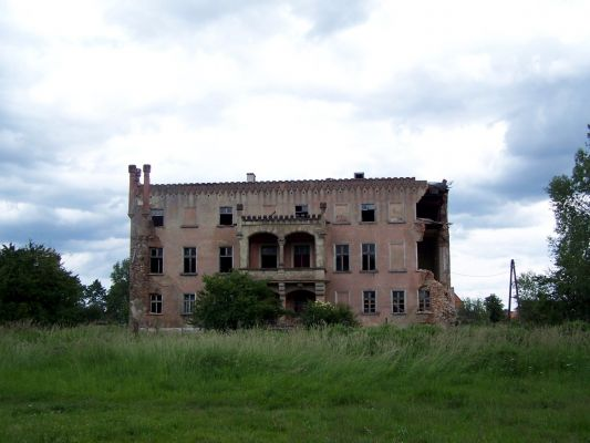 Gorzyn Palace back 2009 1