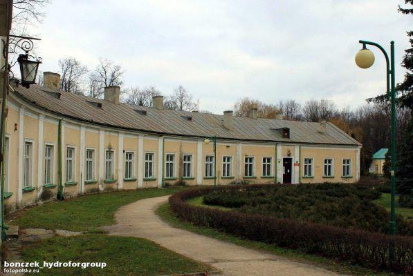 Końskie, Pałac Tarnowskich - fotopolska.eu (20835)
