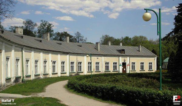 Końskie, Pałac Tarnowskich - fotopolska.eu (308940)
