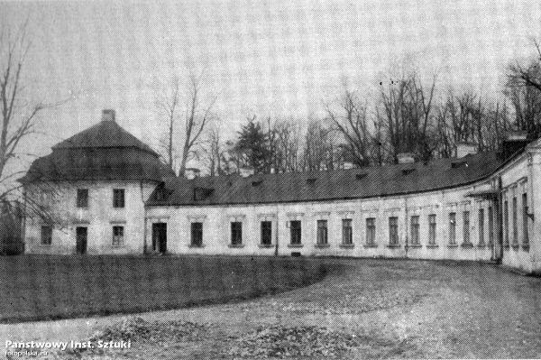 Końskie, Pałac Tarnowskich - fotopolska.eu (334119)