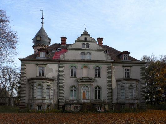 Pałac w Kruszewie widok ogólny