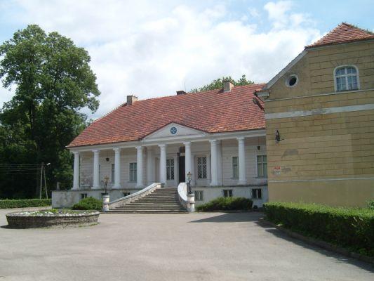 Lubasz castle 01