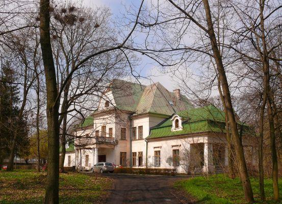 Pałacyk w Łysołajach