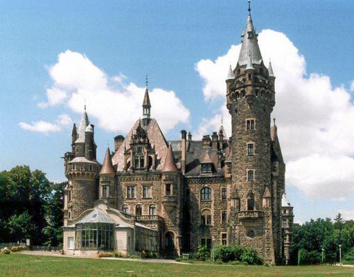 Moszna zamek3