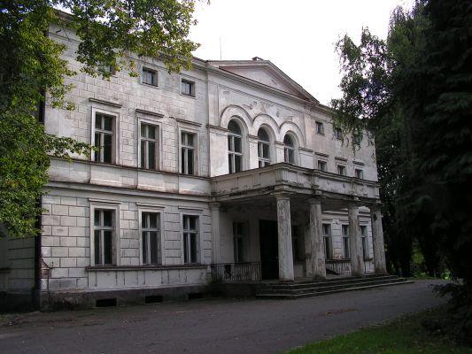 Zespół pałacowy w Rakoniewicach 03