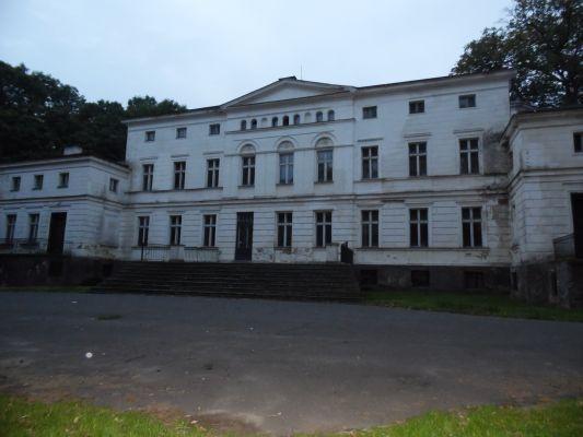 Zespół pałacowy w Rakoniewicach 02