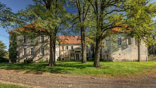 SM Ręszów pałac (11) ID 595812