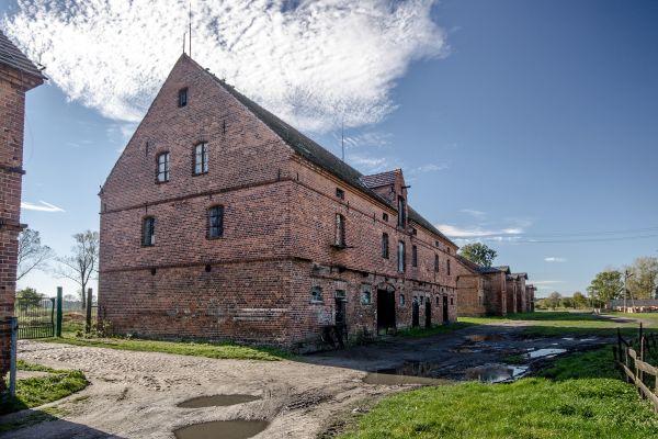 SM Ręszów pałac folwark-spichrz (2) ID 595813