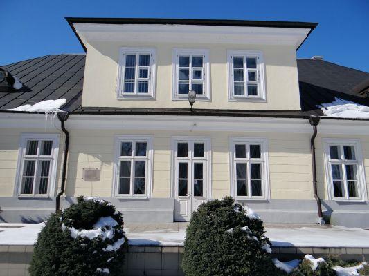 160313 Palace in Sochaczew Czerwonka - 02