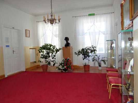 160313 Palace in Sochaczew Czerwonka - 05