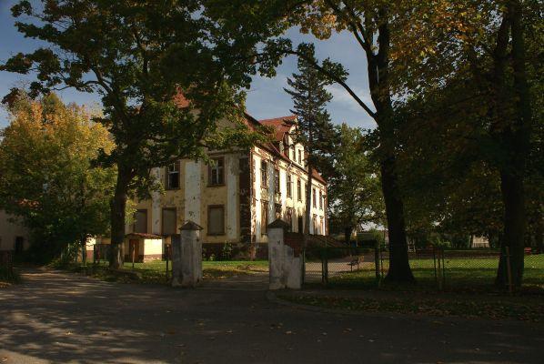 Pałac --Sucha Górna (zetem) 03