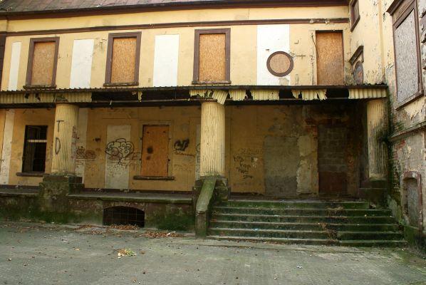 Pałac --Sucha Górna (zetem) 05
