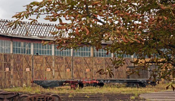 Parowozownia Skierniewice - hala wachlarzowa z zewnątrz