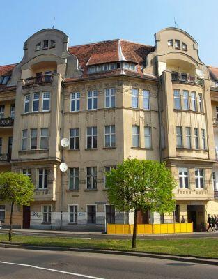 Plac Weyssenhoffa 1 - kamienica R Kern 1905-06