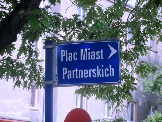 Katowice - plac Miast Partnerskich (4)