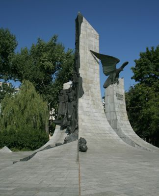 Częstochowa pomnik Poległym w obronie ojczyzny3 19.08.09 p