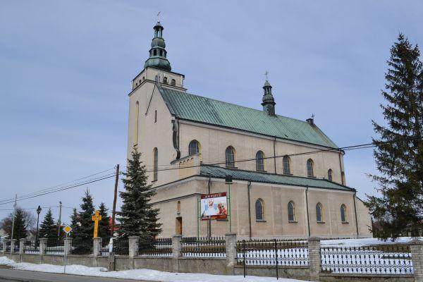 Pysznica, kościół parafialny