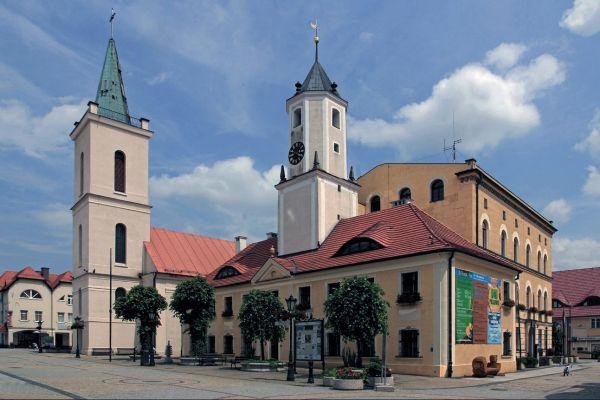 Ratusz w Polkowicach - fotopolska.eu