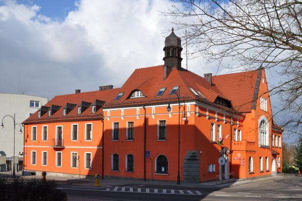 Trzcianka Town Hall SW 2011-03