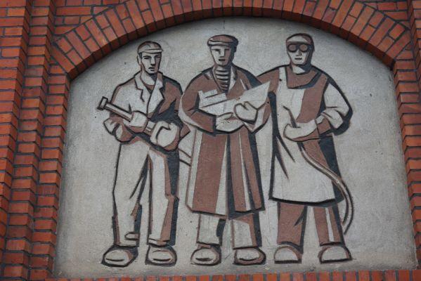 Stocznia gdanska 20 11 2013 010 Front budynku Sali BHP