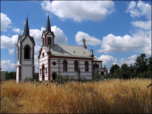Samogoszcz (kościół pw. św. Jadwigi Śląskiej)