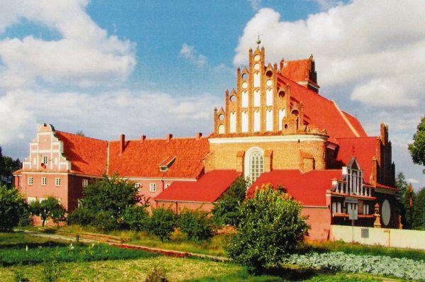 Przasnysz. Kościół i klasztor pasjonistów