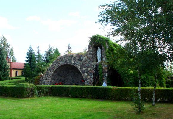 Rokitno, grota Matki Bożej z Lourdes