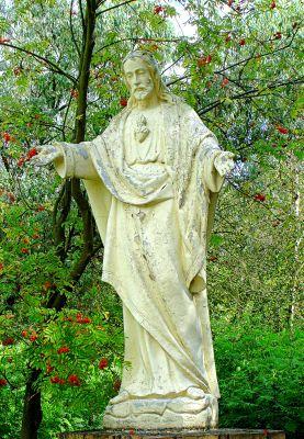 Rokitno, ogrody sanktuarium, figura Chrystusa