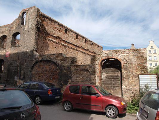Ruina spichlerza Kuźnia w Gdańsku (1)