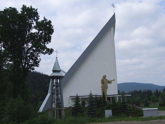Stara wieś kościół M1