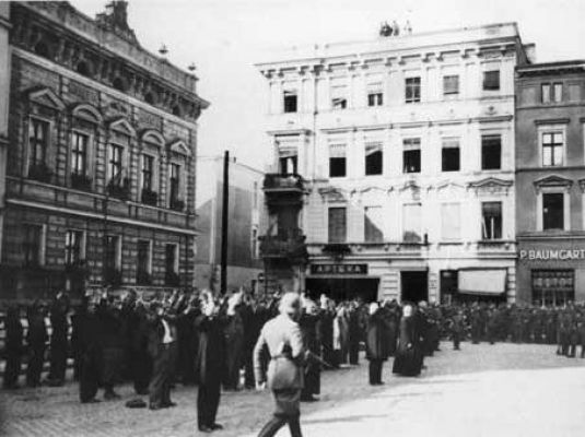 Bydgoszcz Polish hostages at Old Market
