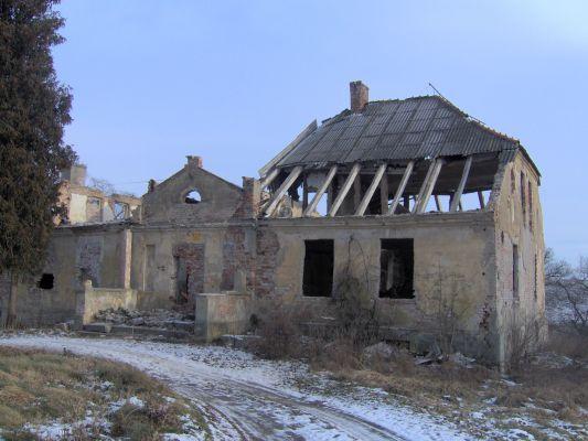Wichorze Manor Hause2