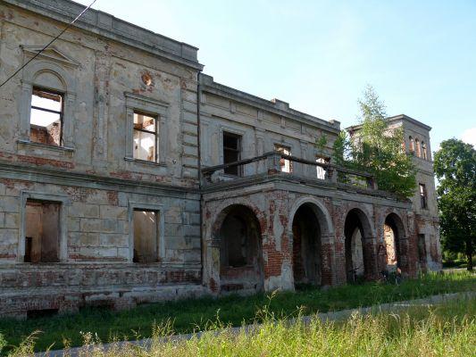 Wierzbie - pałac