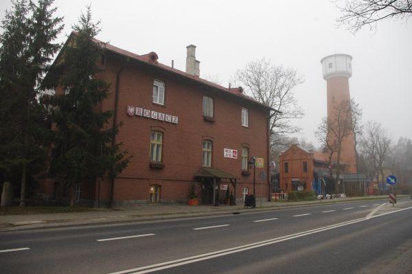 """Dom wypoczynkowy """"Rogacz"""" oraz wieża wodociągowa w Spale"""