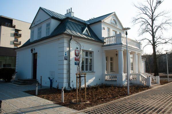 Muzeum historyczne willa Bratki - Legionowo ul. Mickiewicza 23
