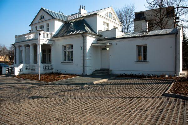 Muzeum historyczne willa Bratki - Legionowo ul. Mickiewicza 23 (2)