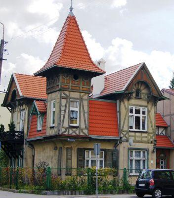 Toruń, ul. Konopnickiej 18 (2) (OLA Z.)