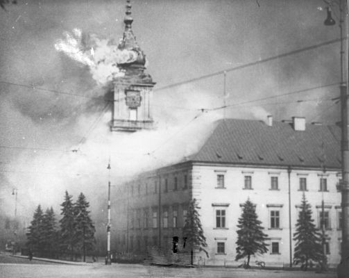 The Royal Castle in Warsaw - burning 17.09.1939