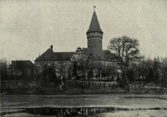 Piastenschloss und Schlossteich in Oppeln