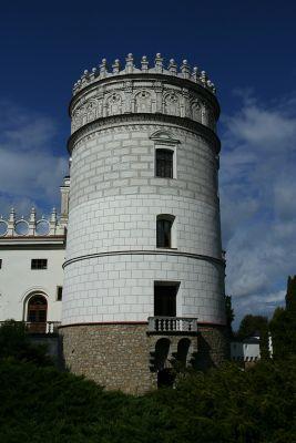 Krasiczyn Castle Noble Tower 02.09.2010 p