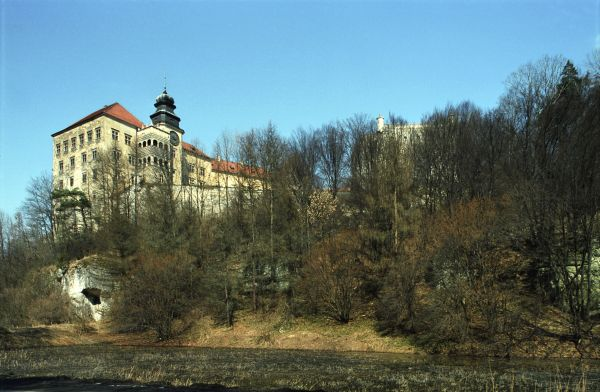Pieskowa Skala (js)1