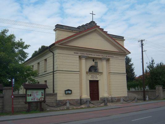 Kościół Ewangelicko-Reformowany w Żychlinie (1)