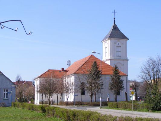 Kalisz Pomorski - Kościół pw Matki Boskiej Królowej Polski