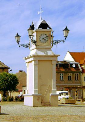 Lwówek, Rynek