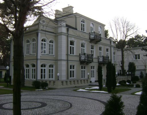 """Konstancin-Jeziorna. Willa """"Villa le Fleur"""""""
