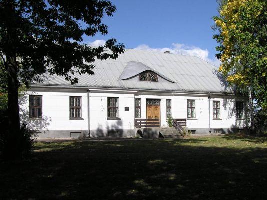Dwór w Poświętnem koło Płońska, w którym mieszkał Henryk Sienkiewicz