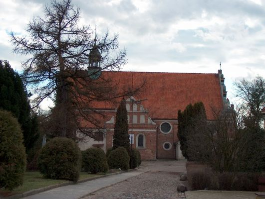 Kościół parafialny gotycko-renesansowy pw. Podwyższenia Krzyża z XV/XVI w. w Zakroczymiu